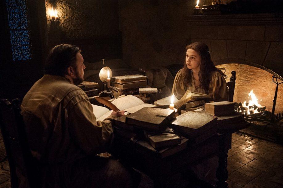 Samwell Tarly et Vère. John Bradley, Hannah Murray (Crédit : Helen Sloan/HBO).