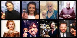 Les acteurs de Game of Thrones posent avec leur figurine (Crédit photo : Funko Pop!)