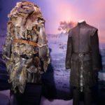 Hodor et son harnais et Bran debout (crédits Thistle).