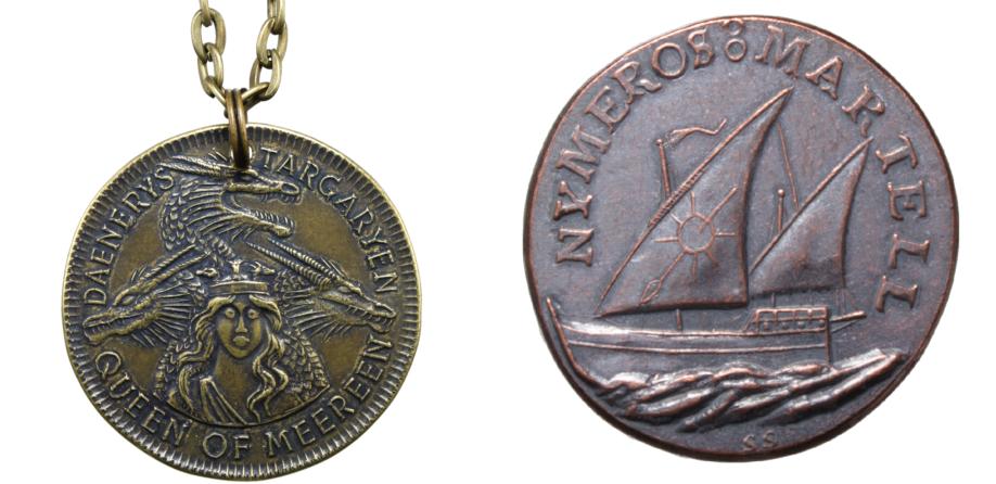 Une médaille de Meereen à l'effigie de la reine Daenerys Targaryen, et une pièce commémorative des dix mille navires rhoynars de la princesse Nyméria. Crédit : Shire Post Mint.