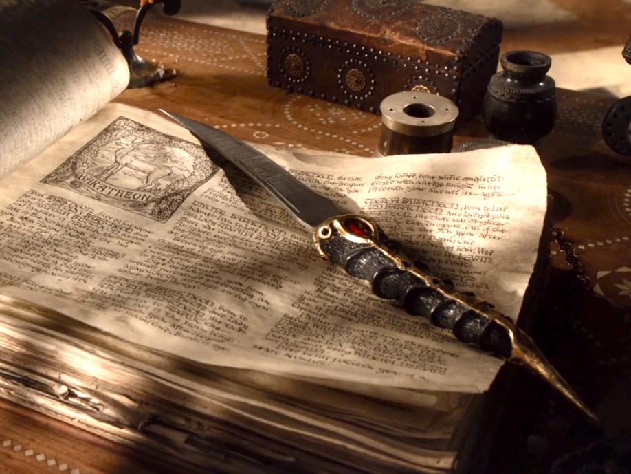 La dague servant à la tentative d'assassinat contre Bran Stark dans la série.